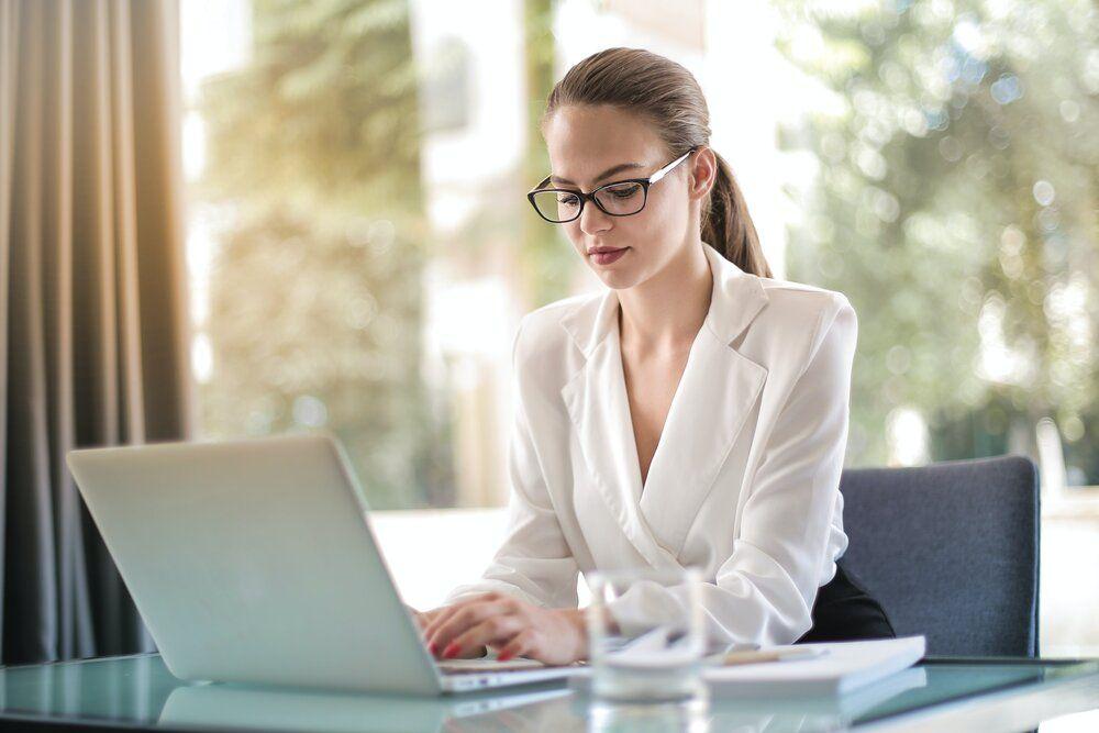 Modèles de CV assistant administratif