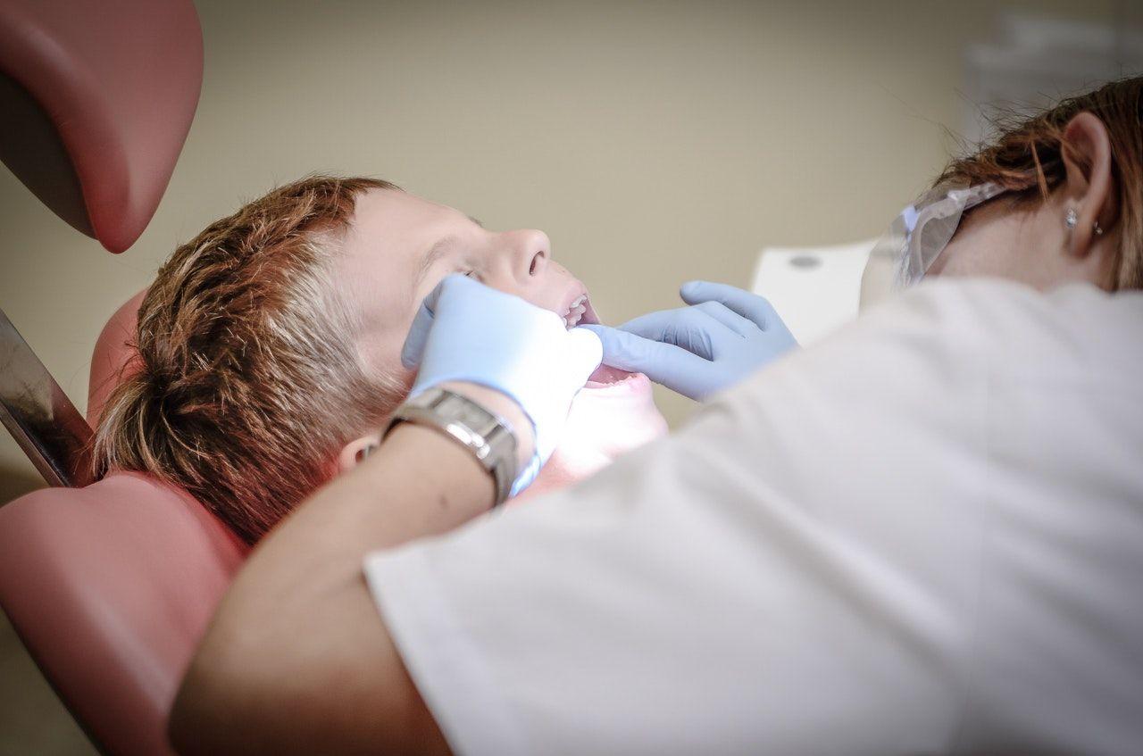 Modèles de CV assistante dentaire